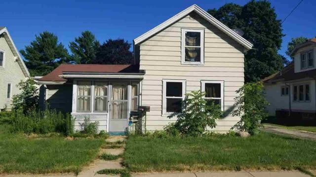 1132 River Dr, Watertown, WI 53094 (#356238) :: Nicole Charles & Associates, Inc.