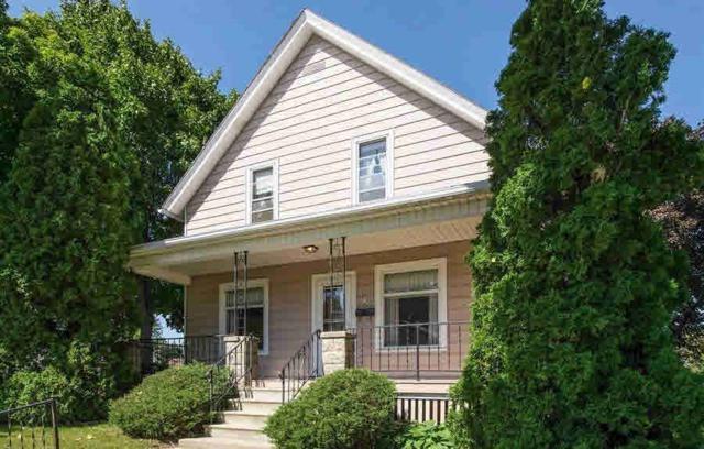 722 Dayton St, Mayville, WI 53050 (#356417) :: HomeTeam4u