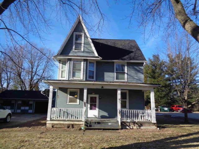 331 Oak Point Dr, Juneau, WI 53039 (#358425) :: Nicole Charles & Associates, Inc.
