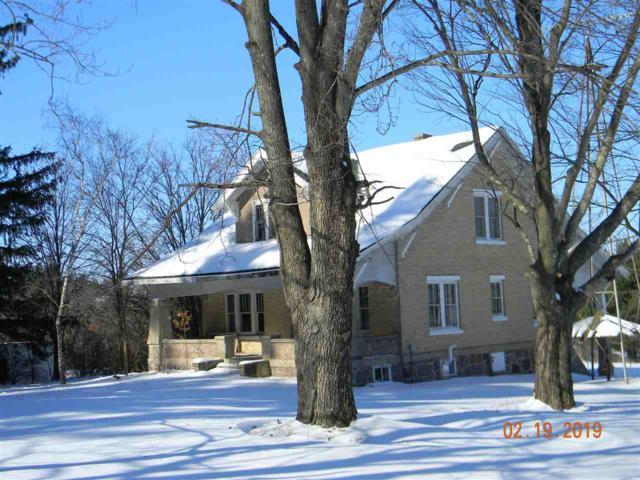 W8990 Cottonville Drive, Dakota, WI 54982 (#358772) :: HomeTeam4u