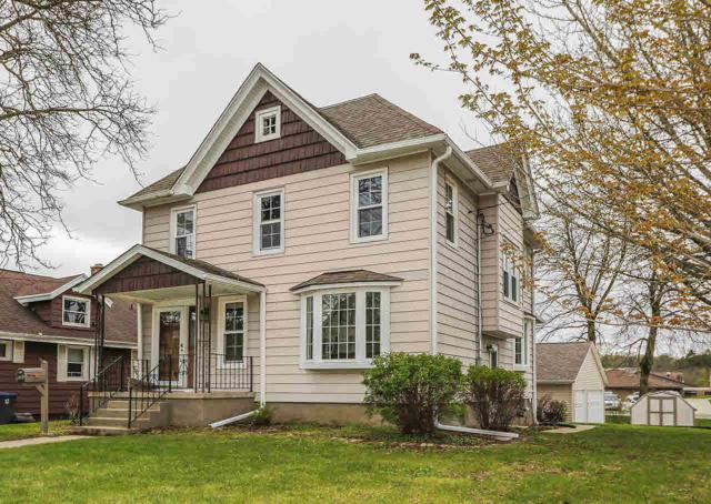 269 S Walnut St, Mayville, WI 53050 (#359704) :: Nicole Charles & Associates, Inc.