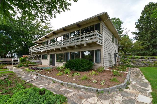 405 Palmer Ave, Green Lake, WI 54941 (#364125) :: Nicole Charles & Associates, Inc.