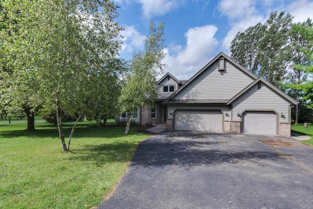 N6089 Bennetts Rd, Oak Grove, WI 53032 (#364245) :: HomeTeam4u