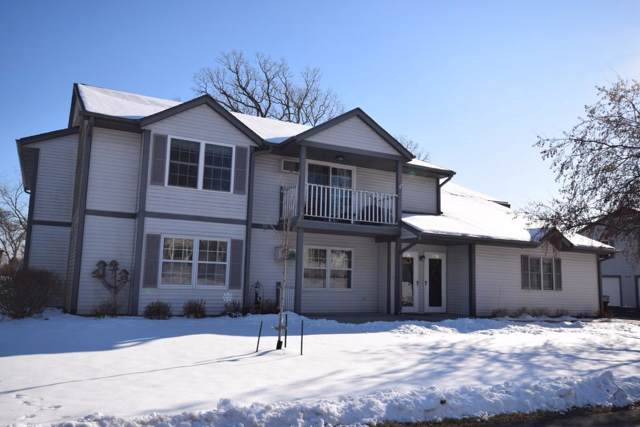 380 Auburn Meadows Ct, Campbellsport, WI 53010 (#365994) :: HomeTeam4u