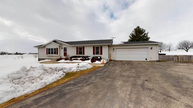 N5831 County Road S, Lake Mills, WI 53551 (#366682) :: Nicole Charles & Associates, Inc.