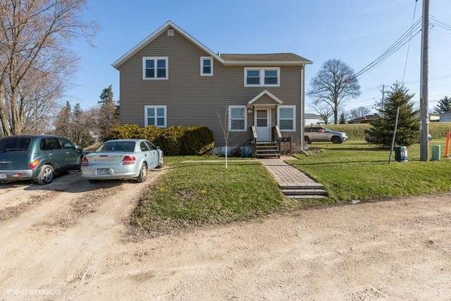424 Barstow St, Horicon, WI 53032 (#367423) :: HomeTeam4u
