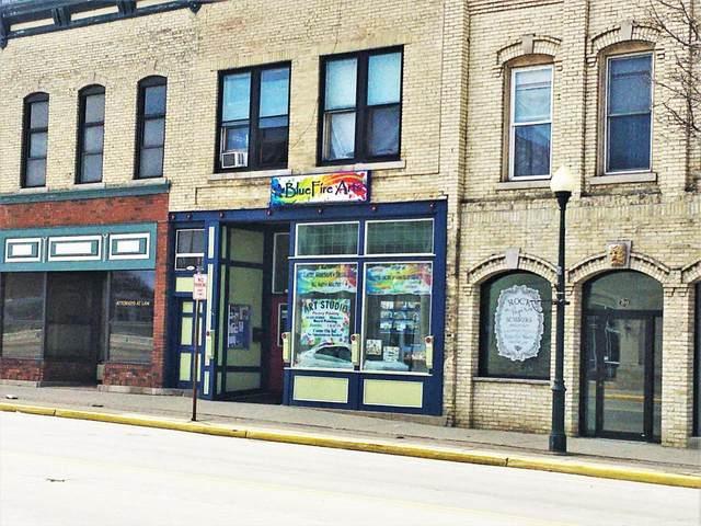 87 N Main St, Fort Atkinson, WI 53538 (#369632) :: Nicole Charles & Associates, Inc.