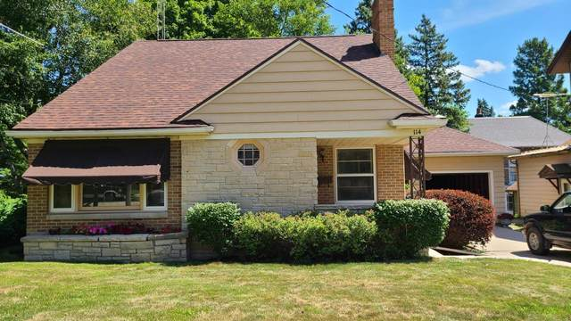 114 S Walnut St, Mayville, WI 53050 (#370333) :: Nicole Charles & Associates, Inc.