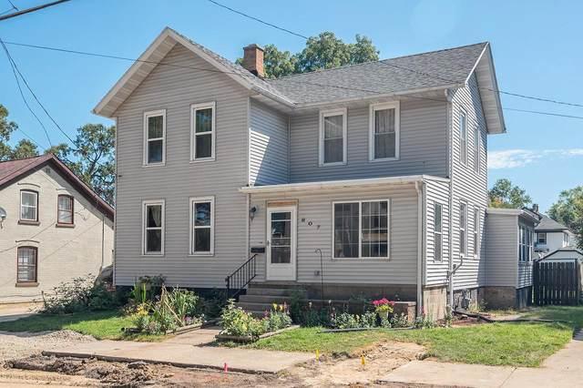 607 S Ninth St, Watertown, WI 53094 (#370822) :: Nicole Charles & Associates, Inc.