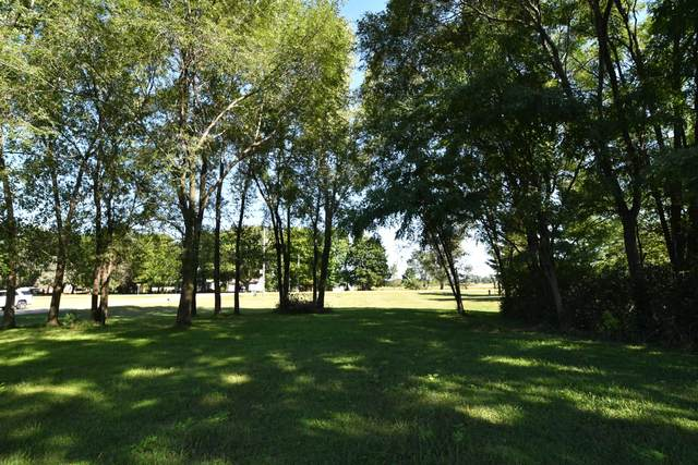 494 Meadowlark Ln, Green Lake, WI 54941 (#371115) :: Nicole Charles & Associates, Inc.