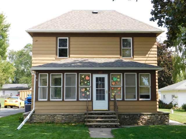 127 S Vine Street, Kingston, WI 53939 (#371199) :: Nicole Charles & Associates, Inc.