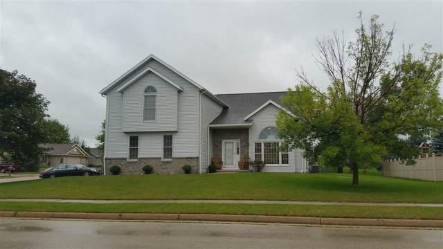 490 Oak Spring Drive, Lomira, WI 53048 (#371215) :: Nicole Charles & Associates, Inc.