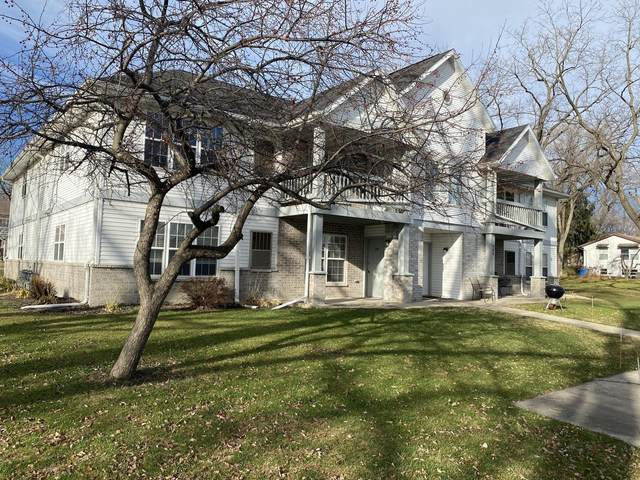 902 Pope St, Lake Mills, WI 53551 (#372411) :: Nicole Charles & Associates, Inc.