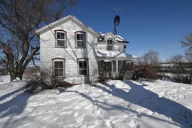W2970 Princeton Rd, Brooklyn, WI 54941 (#373332) :: HomeTeam4u