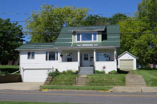 736 Main St, Clyman, WI 53016 (#375098) :: Nicole Charles & Associates, Inc.