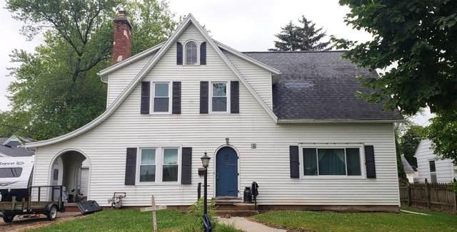218 S Wilson Ave, Jefferson, WI 53549 (#376154) :: RE/MAX Shine