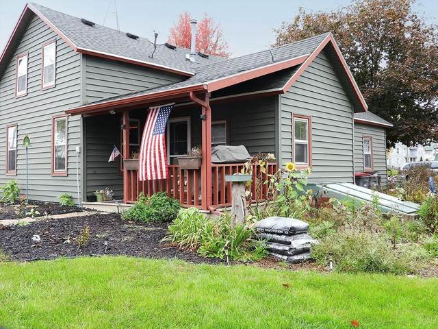 200 Jackson St, Reeseville, WI 53579 (#378262) :: Nicole Charles & Associates, Inc.