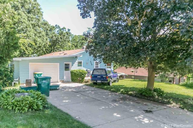410 Forest St, Mount Horeb, WI 53572 (#1806560) :: Baker Realty Group, Inc.