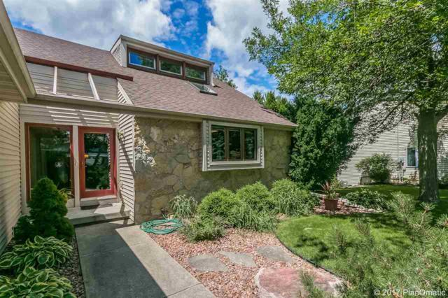 716 Forest View Dr, Verona, WI 53593 (#1807567) :: Baker Realty Group, Inc.