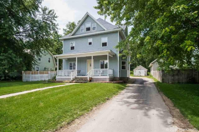321 S Main St, Cottage Grove, WI 53527 (#1807704) :: HomeTeam4u