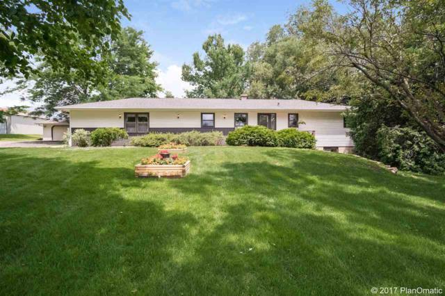 2720 Gaston Rd, Cottage Grove, WI 53527 (#1808303) :: HomeTeam4u