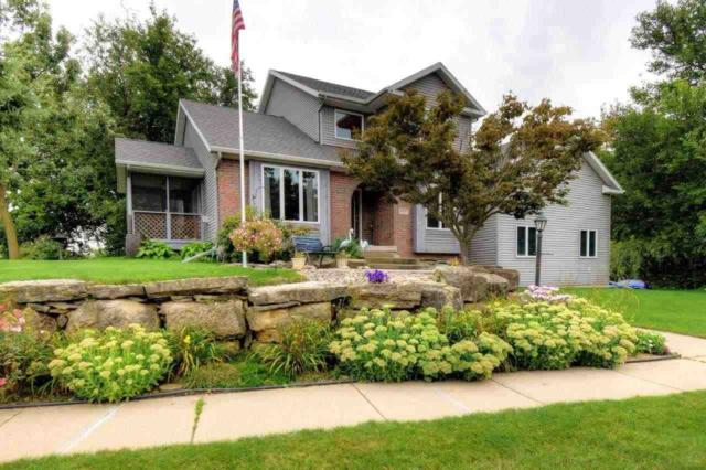 1937 Buckingham Rd, Stoughton, WI 53589 (#1812107) :: Baker Realty Group, Inc.