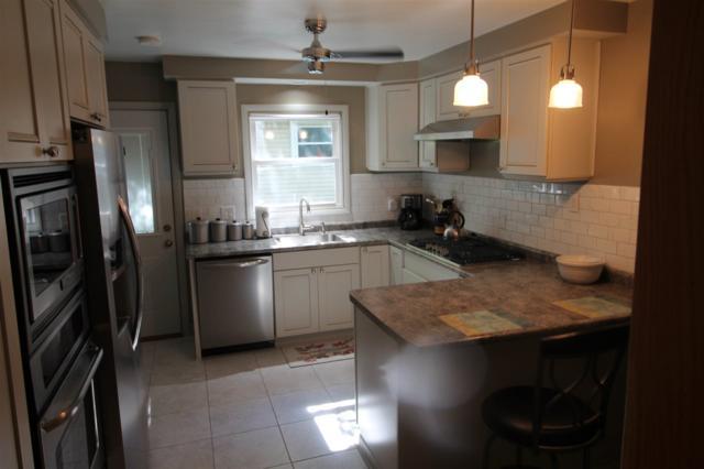 6103 Gateway Green, Monona, WI 53716 (#1816029) :: Nicole Charles & Associates, Inc.