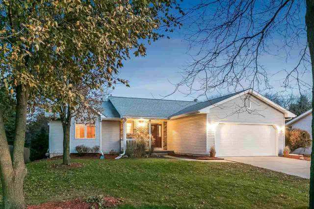 1037 Fountain Dr, Sun Prairie, WI 53590 (#1818367) :: HomeTeam4u