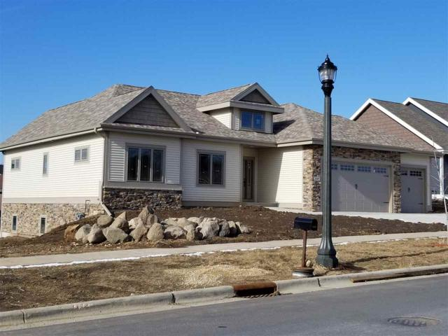 810 Richard Way, Waunakee, WI 53597 (#1820893) :: Nicole Charles & Associates, Inc.