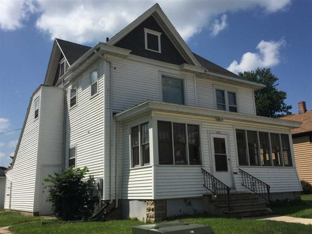 410-412 E James St, Columbus, WI 53925 (#1833921) :: HomeTeam4u