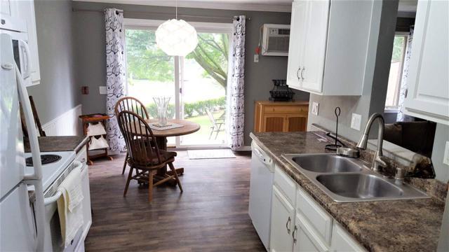 1605 Mckenna Blvd, Madison, WI 53711 (#1834369) :: Nicole Charles & Associates, Inc.