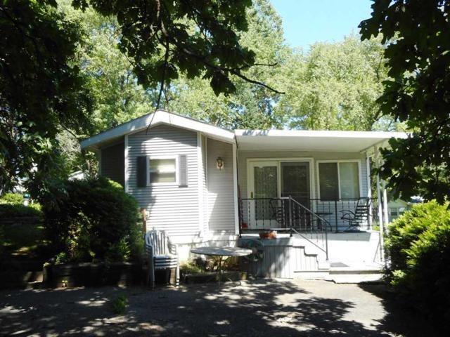 476 Westview Ct, Fulton, WI 53534 (#1834715) :: Nicole Charles & Associates, Inc.