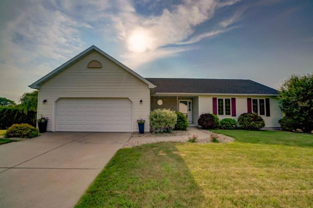 193 Robinson Rd, Oregon, WI 53575 (#1834991) :: Nicole Charles & Associates, Inc.