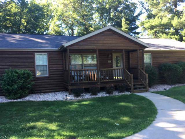 333 Dogwood Ln, Lake Delton, WI 53965 (#1835334) :: Nicole Charles & Associates, Inc.
