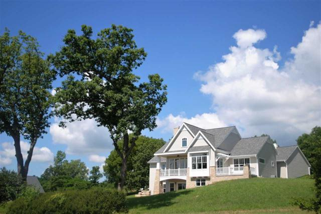 450 White Oaks St, Green Lake, WI 54941 (#1836198) :: Nicole Charles & Associates, Inc.