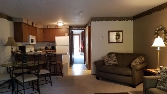 1093 Canyon Rd, Lake Delton, WI 53965 (#1844076) :: HomeTeam4u
