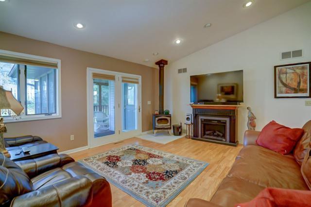 155 Saratoga Cir, Oregon, WI 53575 (#1844451) :: Nicole Charles & Associates, Inc.