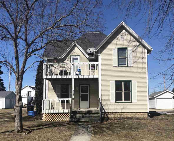 303 Reagles St, Arlington, WI 53911 (#1847722) :: Nicole Charles & Associates, Inc.