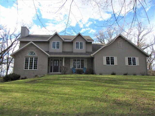 5031 N Ravenswood Dr, Janesville, WI 53545 (#1850606) :: Nicole Charles & Associates, Inc.