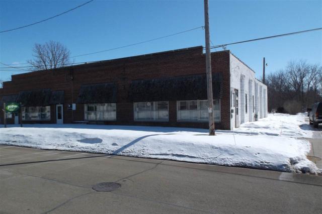 208 N Water St, Columbus, WI 53925 (#1851067) :: Nicole Charles & Associates, Inc.