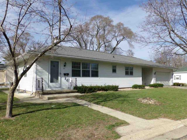 303 Highland Ave, Portage, WI 53901 (#1854360) :: Nicole Charles & Associates, Inc.