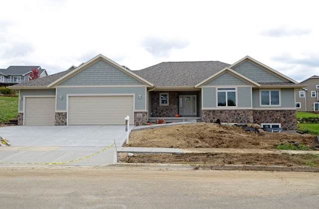 1111 N Division St, Waunakee, WI 53597 (#1856360) :: Nicole Charles & Associates, Inc.