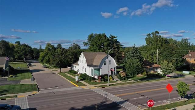 515 Phillips Blvd, Sauk City, WI 53583 (#1859094) :: HomeTeam4u