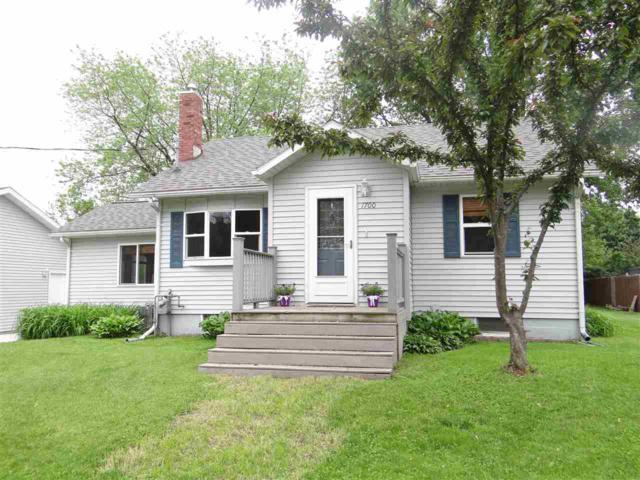 1700 E Brunson St, Prairie Du Chien, WI 53821 (#1860154) :: Nicole Charles & Associates, Inc.