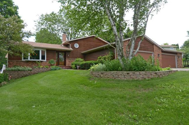 4810 Westman Ct, Middleton, WI 53562 (#1860308) :: Nicole Charles & Associates, Inc.