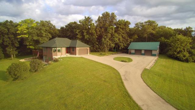9514 Union Valley Rd, Vermont, WI 53515 (#1860848) :: Tucci Team