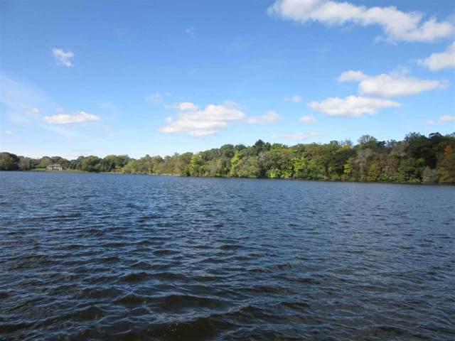 L1 Silver Lake Dr, Portage, WI 53901 (#1870554) :: HomeTeam4u