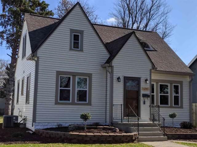1247 S Washington St, Janesville, WI 53546 (#1871961) :: Nicole Charles & Associates, Inc.