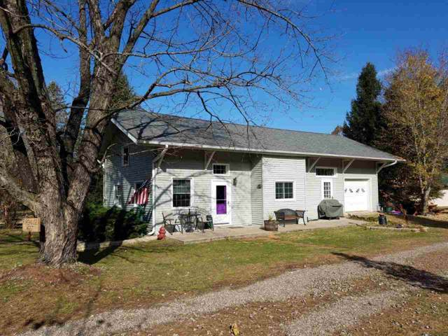 300 Smith St, Woodman, WI 53827 (#1872136) :: HomeTeam4u