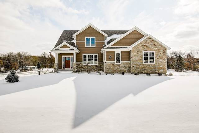 7577 Spruce Valley Dr, Middleton, WI 53593 (#1872363) :: Nicole Charles & Associates, Inc.